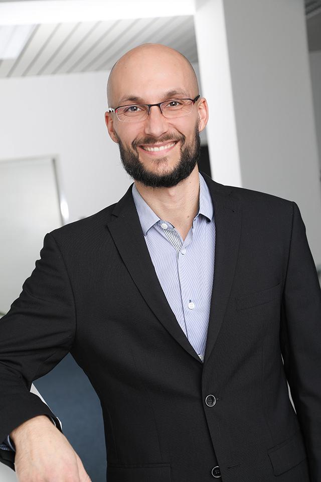 Janaka Born, A+S Vertriebs GmbH